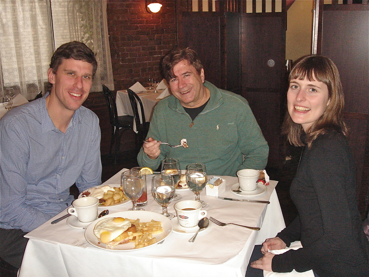 Patrick, John & Anna have brunch at Brabant Belgian Brasserie