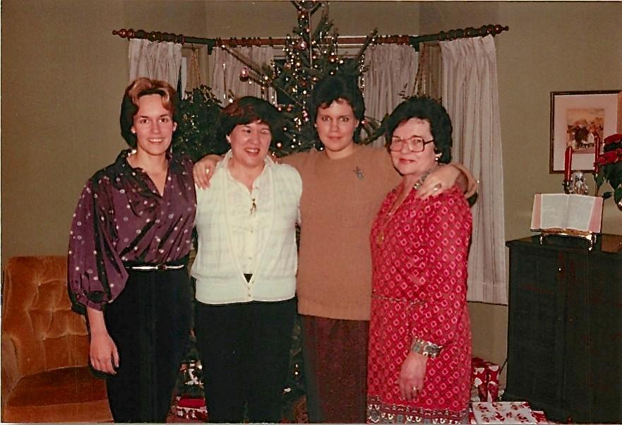 Lorraine, Eleanor, & Celeste Gudas, and Mayme Baldyga Xmas 1979