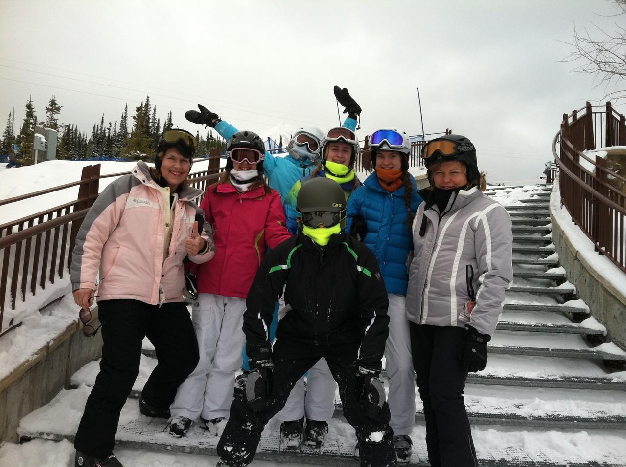 Lorraine, Gabby, Kate, Emma, Ellie, Celeste; Jack in front, Big Sky 2013