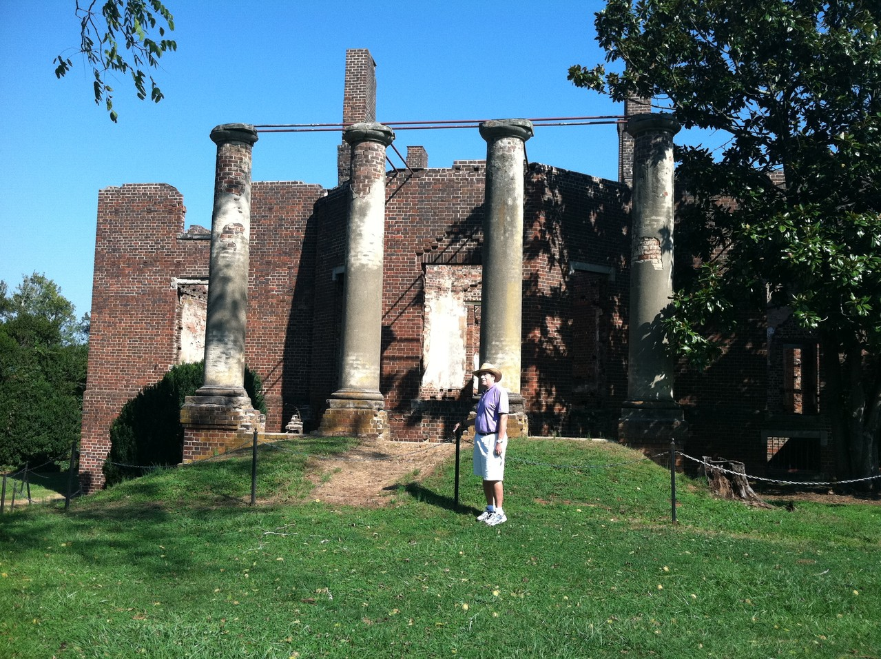 Barboursville ruins, home of Gov. of Va Randolph, house designed by Jefferson, burned in 1888
