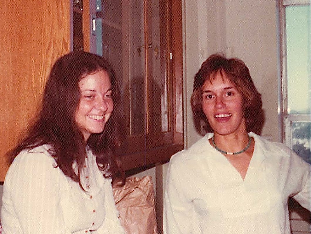 Bonnie Maler & Lorraine Gudas, Dr. David Martin Jr's lab, Nov. 1975