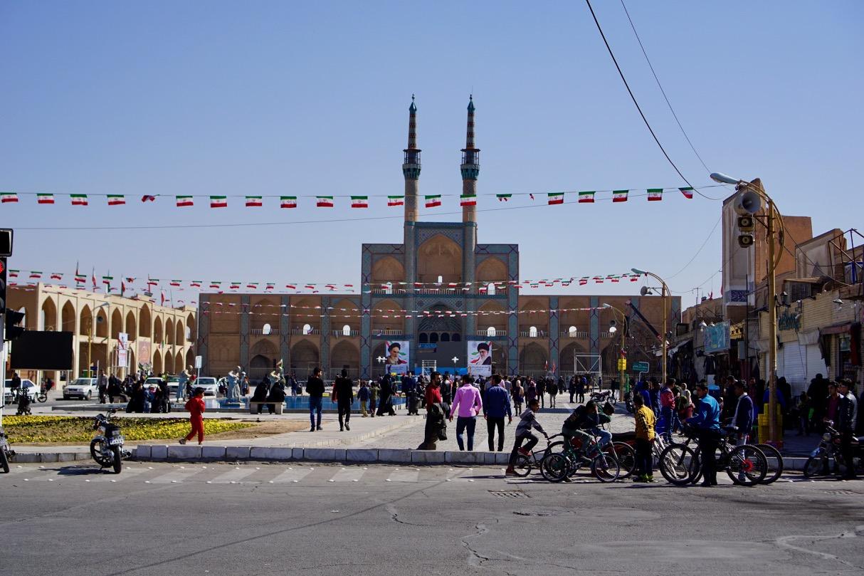 Am Revolutionstag haben sich alle Iraner und alle Städte fein rausgeputzt