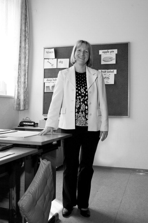 Helga L., Schuldirektorin