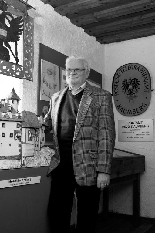 Prof. Roland H., Museumsleiter