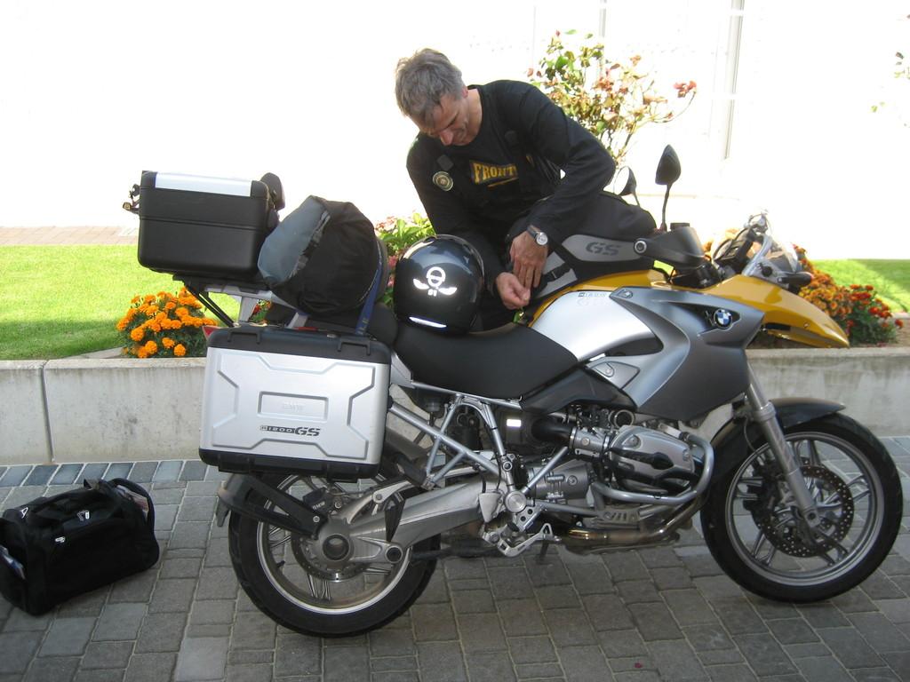 Seit 2005 fährt der Karsten die BMW R 1200 GS - viel muss ich zu diesem Motorrad wohl nicht sagen. Vielleicht, dass ich manchmal neidisch bin?