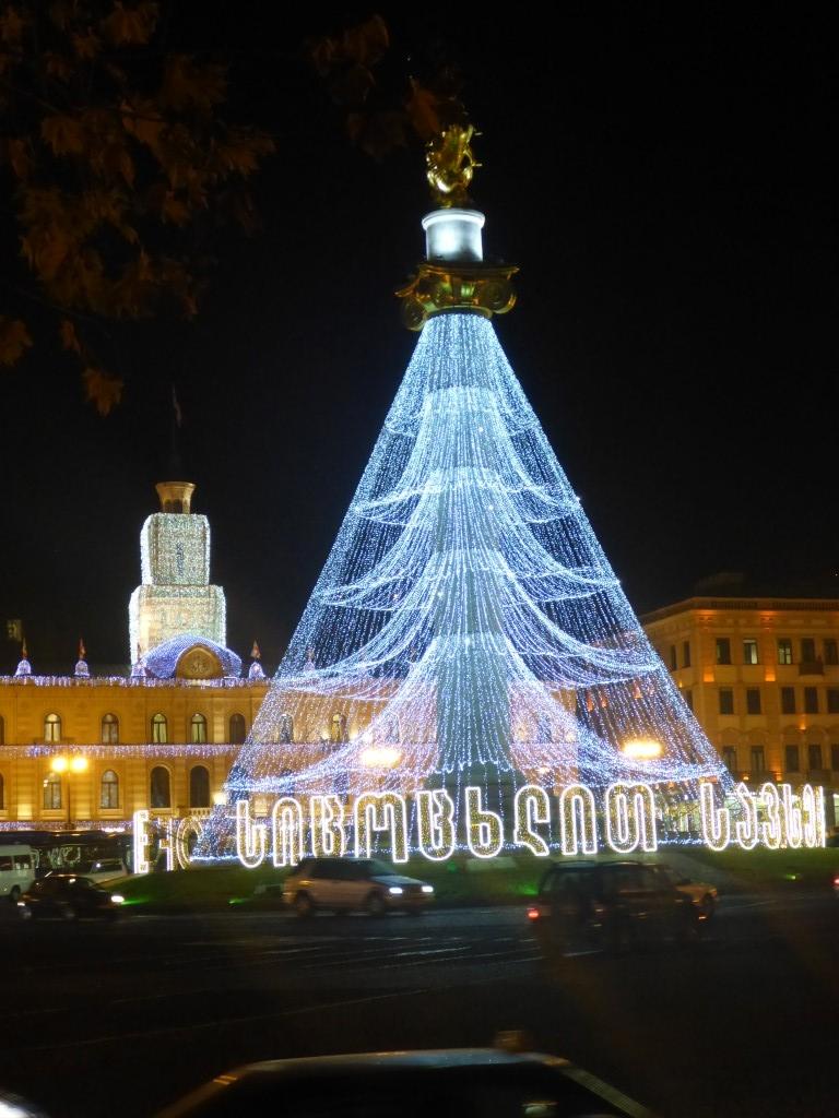 ...nachts ein Weihnachtsbaum