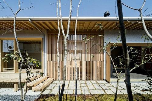 """国分の家 2018年 アメリカ"""" The Architecture MasterPrize """"  Honorable Mention Award 、   香港"""" Design for Asia Awards """" Merit Award 受賞"""