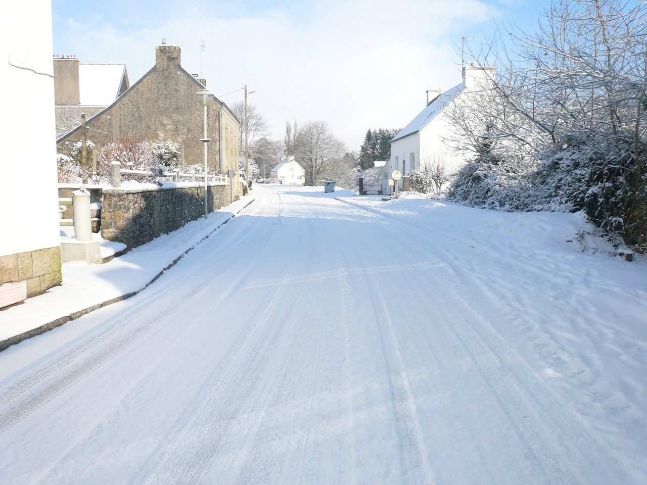 Rue Jean Cadic sous la neige