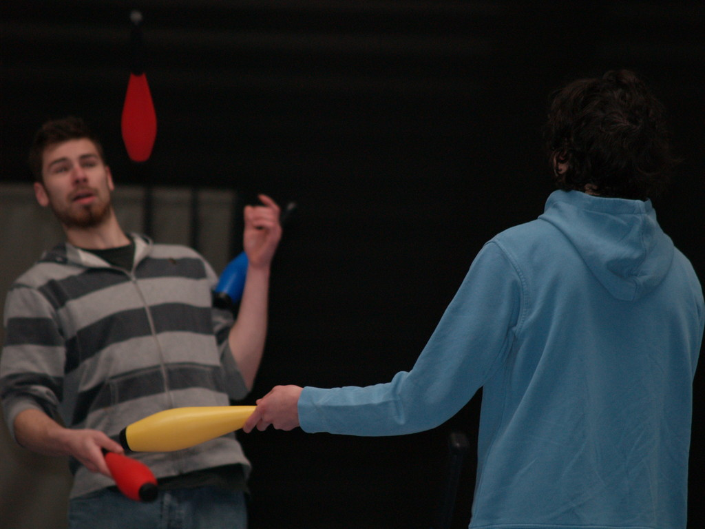 Eté Jeunes Pâques 2010, cirque.