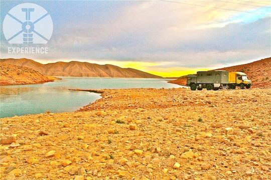 Unimog-Treffen offroad in Marokko - unterwegs im Expeditions-LKW durch Marokko - Abenteuer - Allrad - Weltreise-Leben im Weltreisemobil 4WD overland expedition vehicle extreme overland travel experience  luxury interior