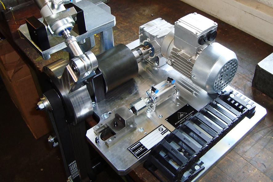 Vorrichtung zum automatischen Wasserpumpen drehen