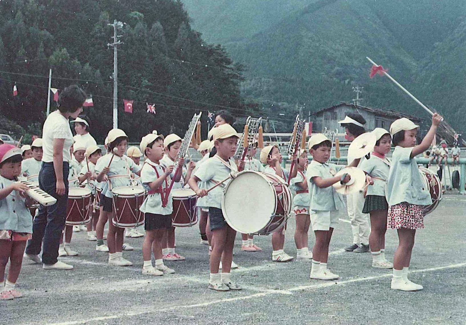 昭和40年代運動会鼓笛隊