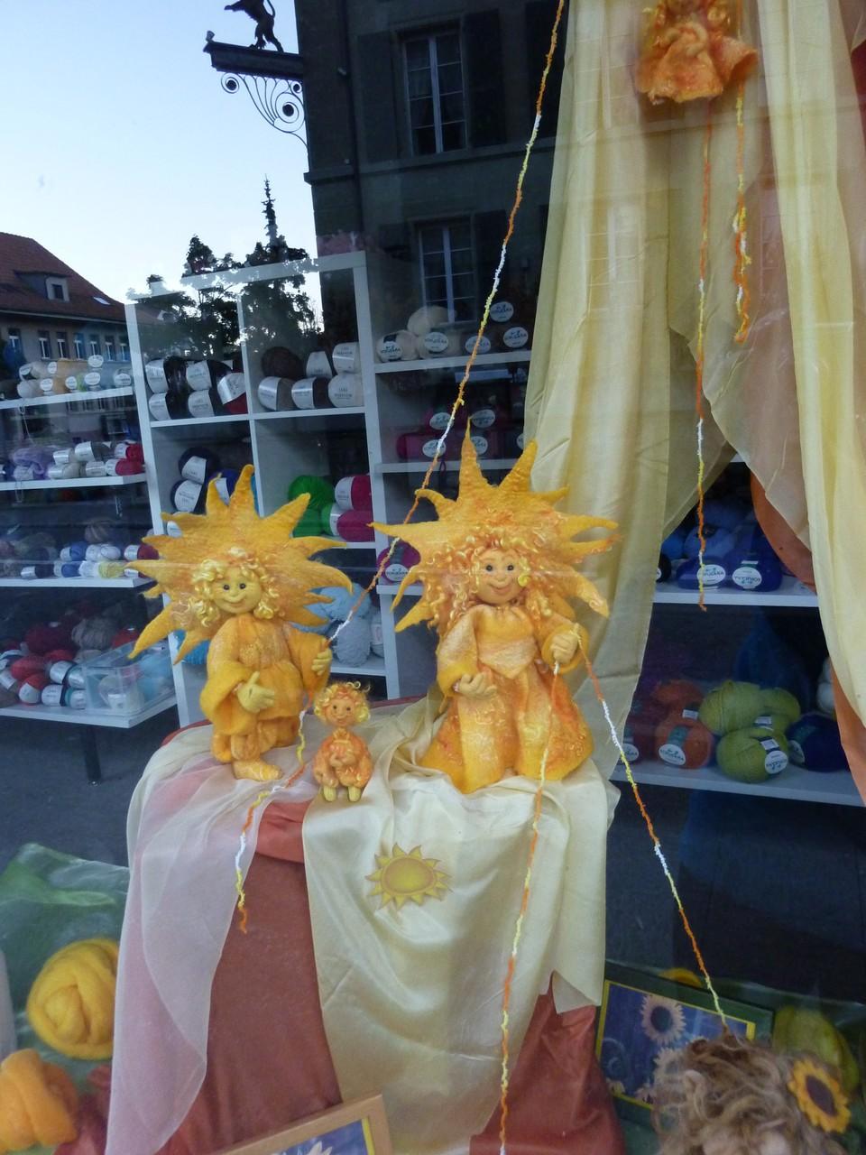 Sonne und Sonnenstrahlenkinder