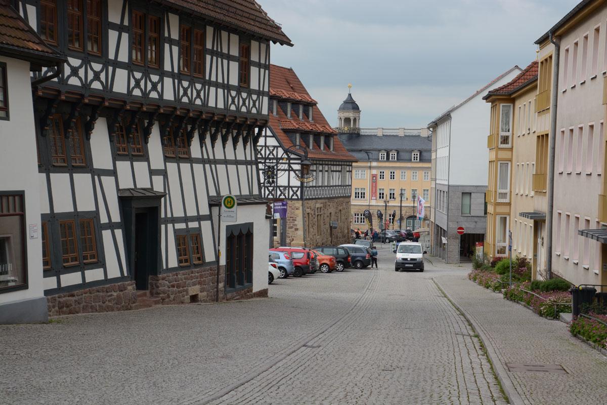 Hier wohnte Martin Luther nach der Überlieferung bei der Familie Cotta während seiner Schulzeit von 1498 bis 1501.