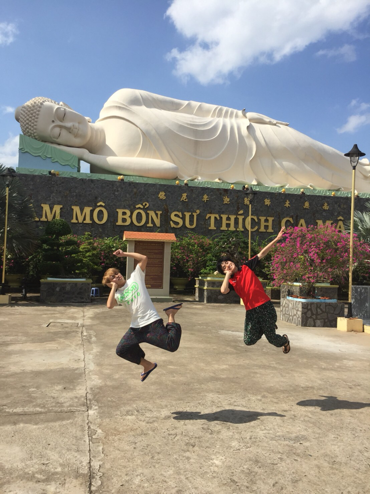 メコン川付近のお寺で