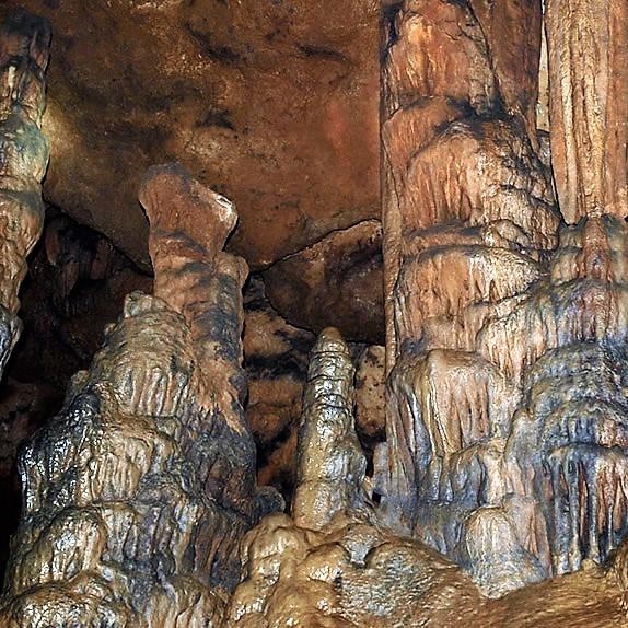 Prullans - Cova d'Anes