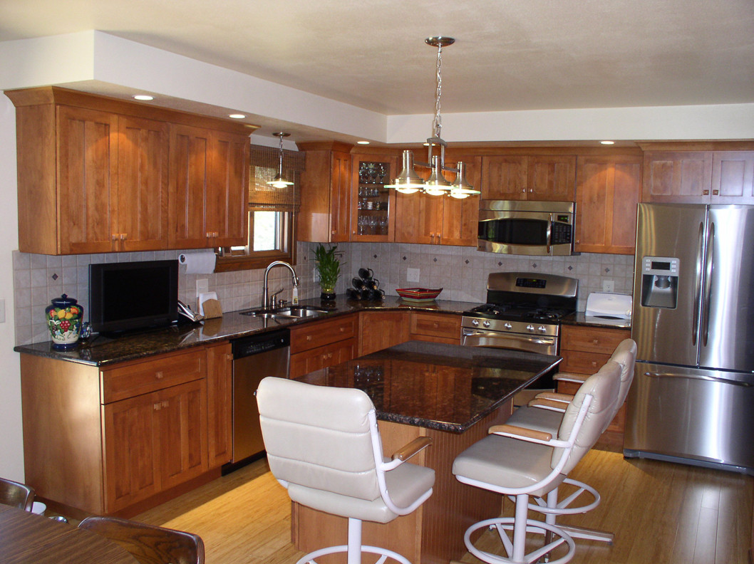Legacy Fawn On Birch Williamsburg Kitchen Cabinets, Ceramic Tile, Granite  Top, And Bamboo