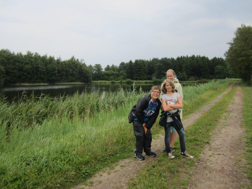 ...dann das Vergnügen...Spaziergang mit Stationshunden Maja und Mira