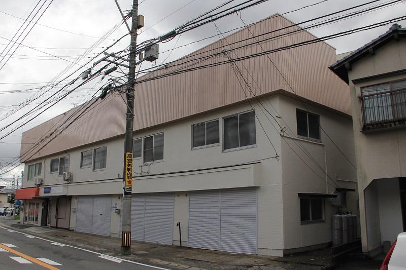クラック補修及び外壁塗装工事【福岡市南区】