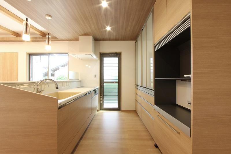 一体感のあるキッチン空間を実現「トクラスBerry」
