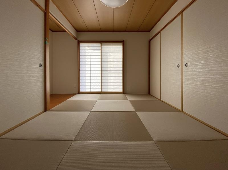 デザイン性のある和紙畳で和室をオシャレで落ち着きのある空間に【糟屋郡 I様邸】