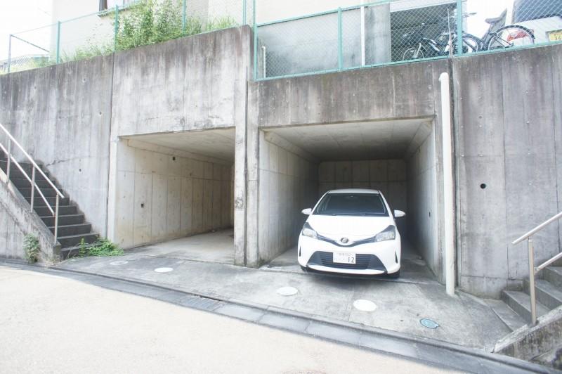 ハイクレスト湘南ガレージ