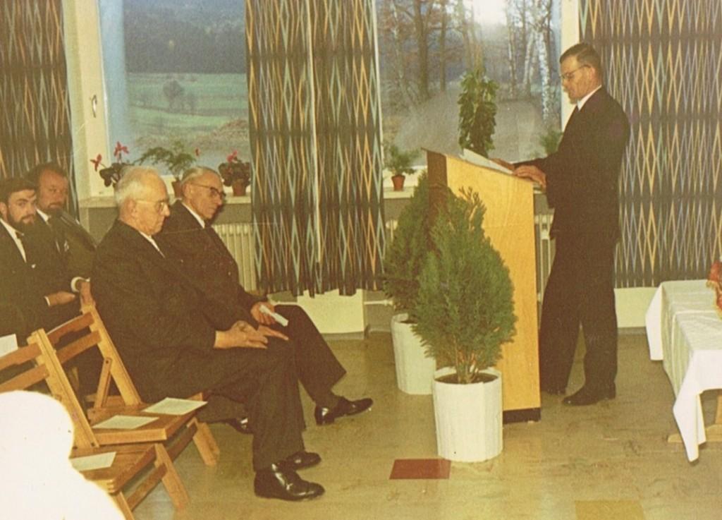Schulhauseinweihung 1964 mit Bürgermeister Heidinger