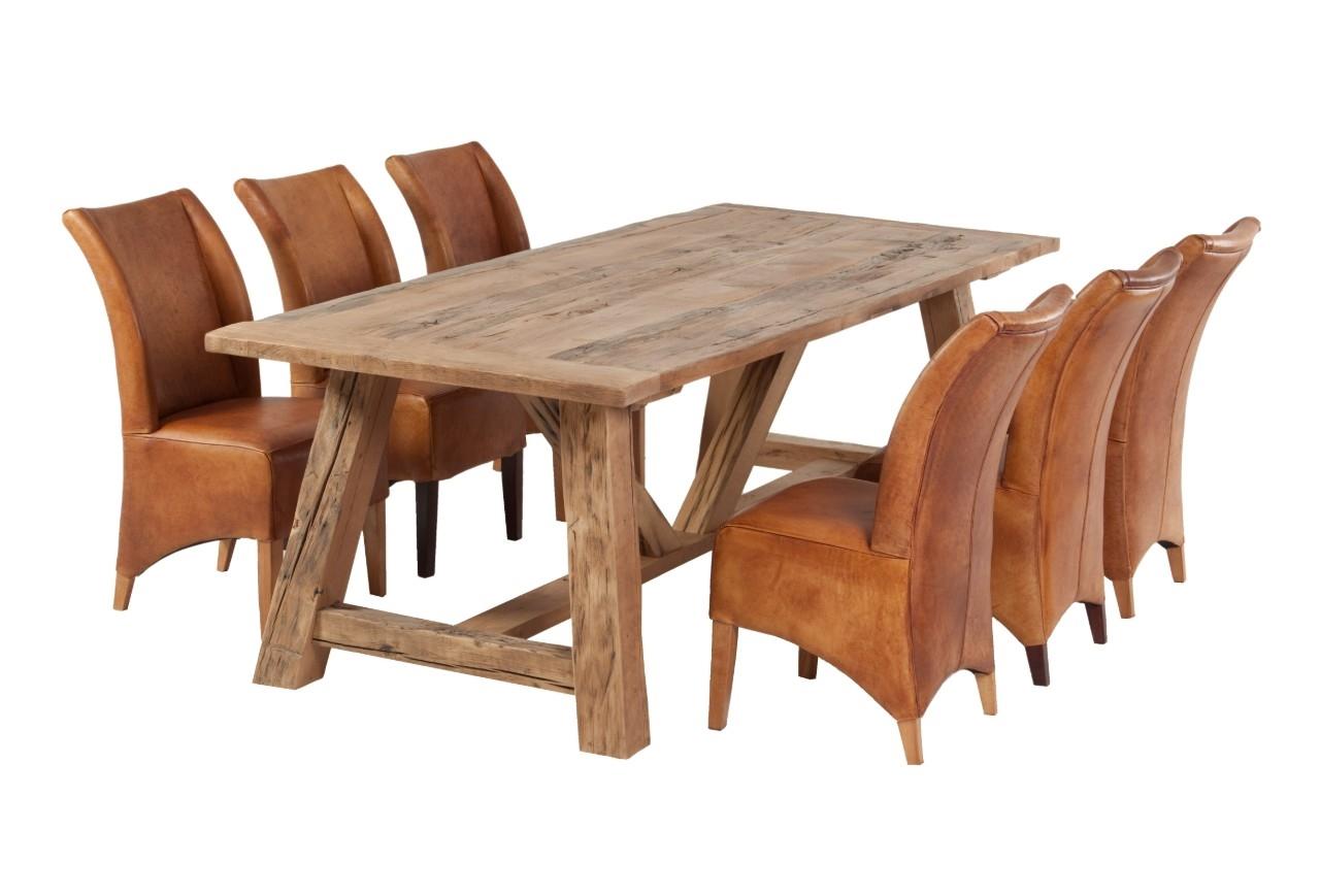 Charaktertisch Aus Alter Eiche Mit Balken Tischgestell Altholzdesign