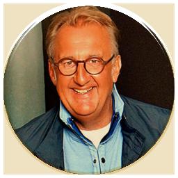 MUTmacher24 - Alexander Finke von der goldencircle.community - GlückReich® Coach und Marketer mit Herz