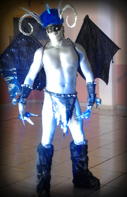 EL DEMONIO SHOW PERFORMANCE