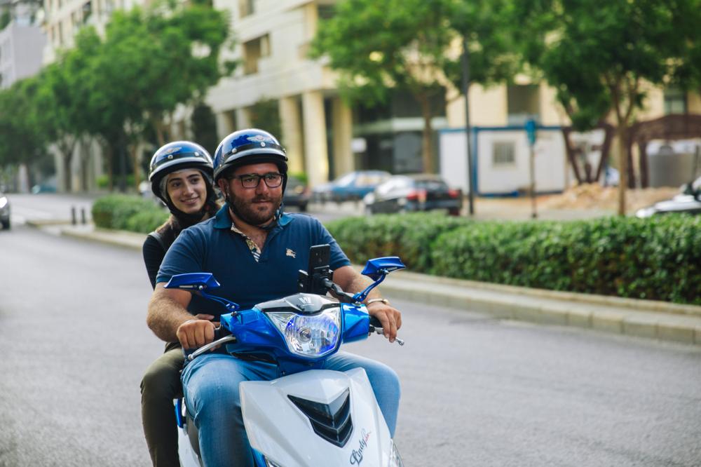 الدراجات النارية لتبسيط حياة الناس في لبنان