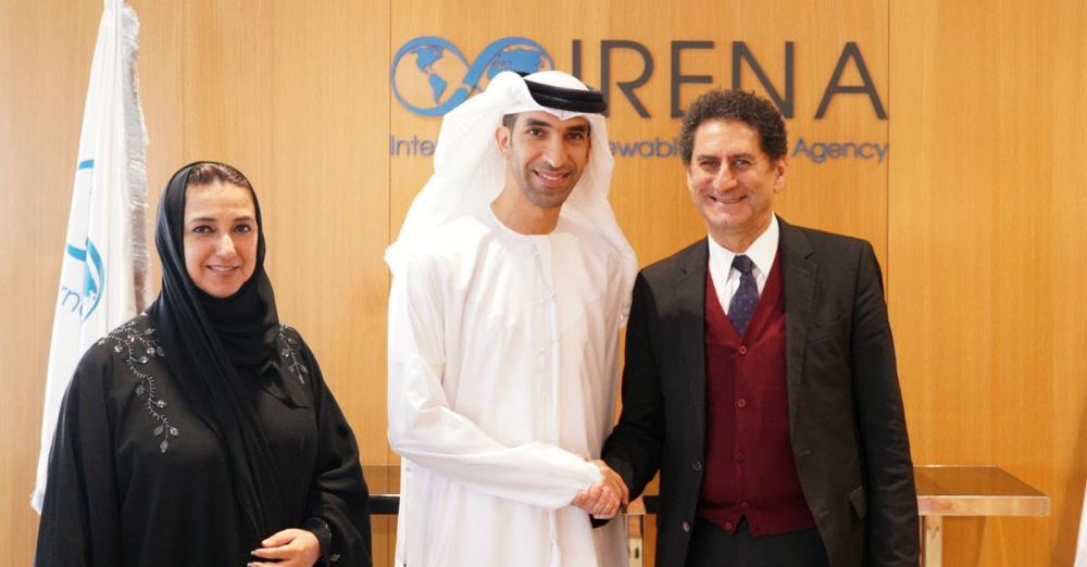 دولة الإمارات، المضيفة للوكالة الدولية للطاقة المتجددة،  تقدم الدعم الكامل لمدير الوكالة