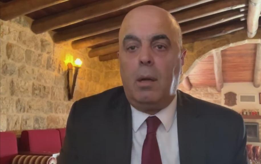 السيد نيكولا أبو فيصل