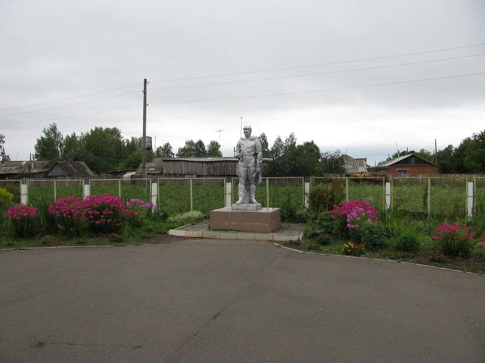 Памятник землякам, погибшим в годы Великой Отечественной войны, 1969 г. Граховский район, д. Порым