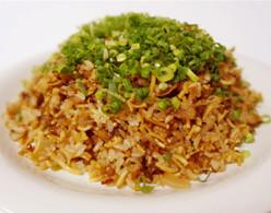 そば飯・・・そば+ご飯を混ぜており、ボリューム感たっぷり!!