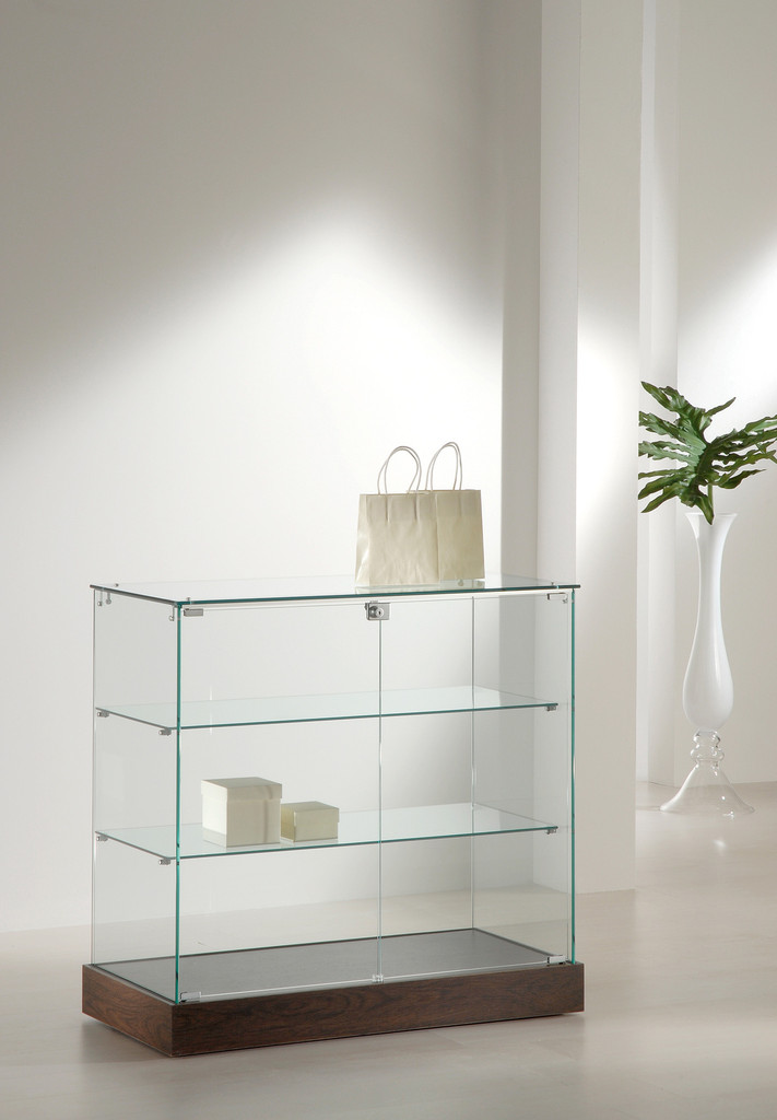 vitrine glas theke ladenausstattung schweiz kaufen. Black Bedroom Furniture Sets. Home Design Ideas