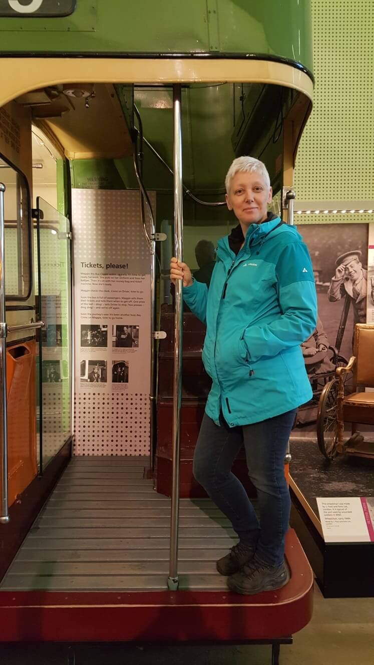 Manche Exponate im Riverside Museum Glasgow darf man betreten