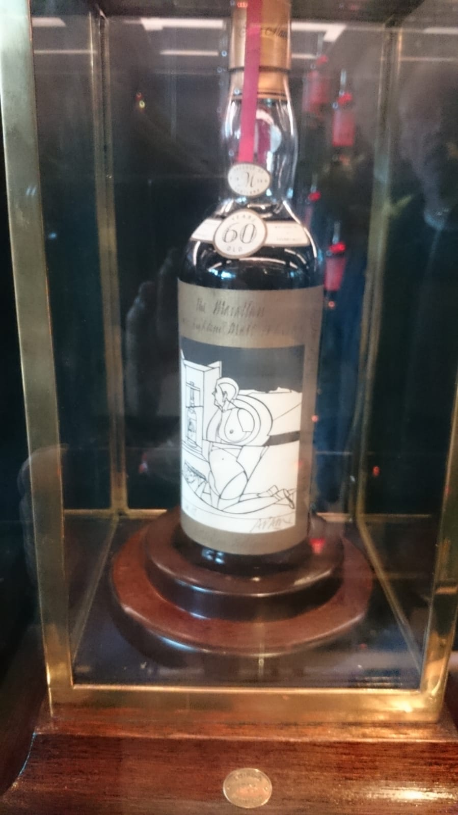 The 850,000 pound bottle (a little blurry)