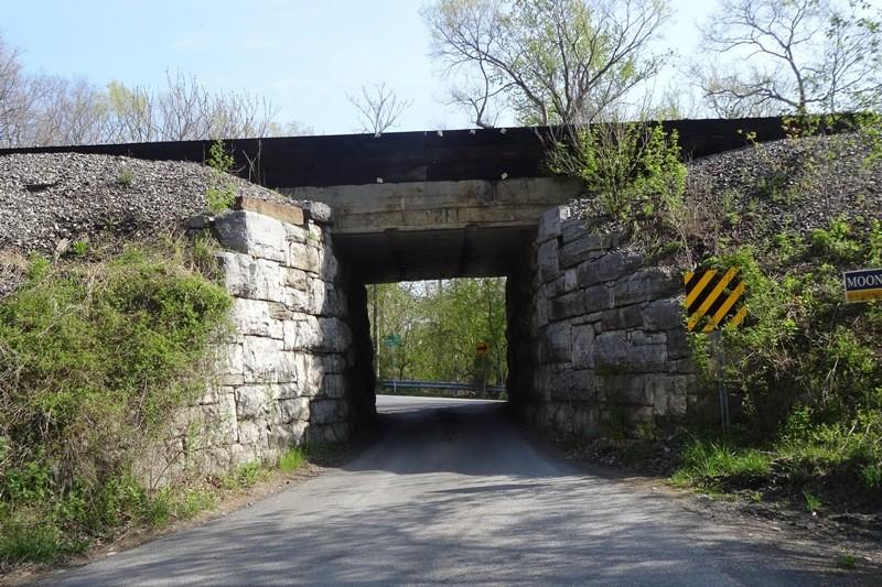 Tunnel der Zufahrt zum Harpers Ferry Campground