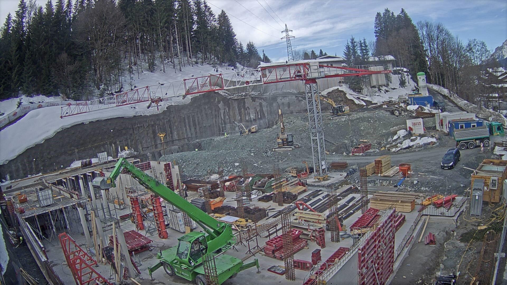 Fertig ausgehobene Baugrube
