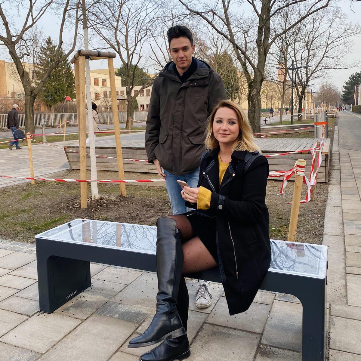 Solar-Sitzbänke: Energietanken in Döbling
