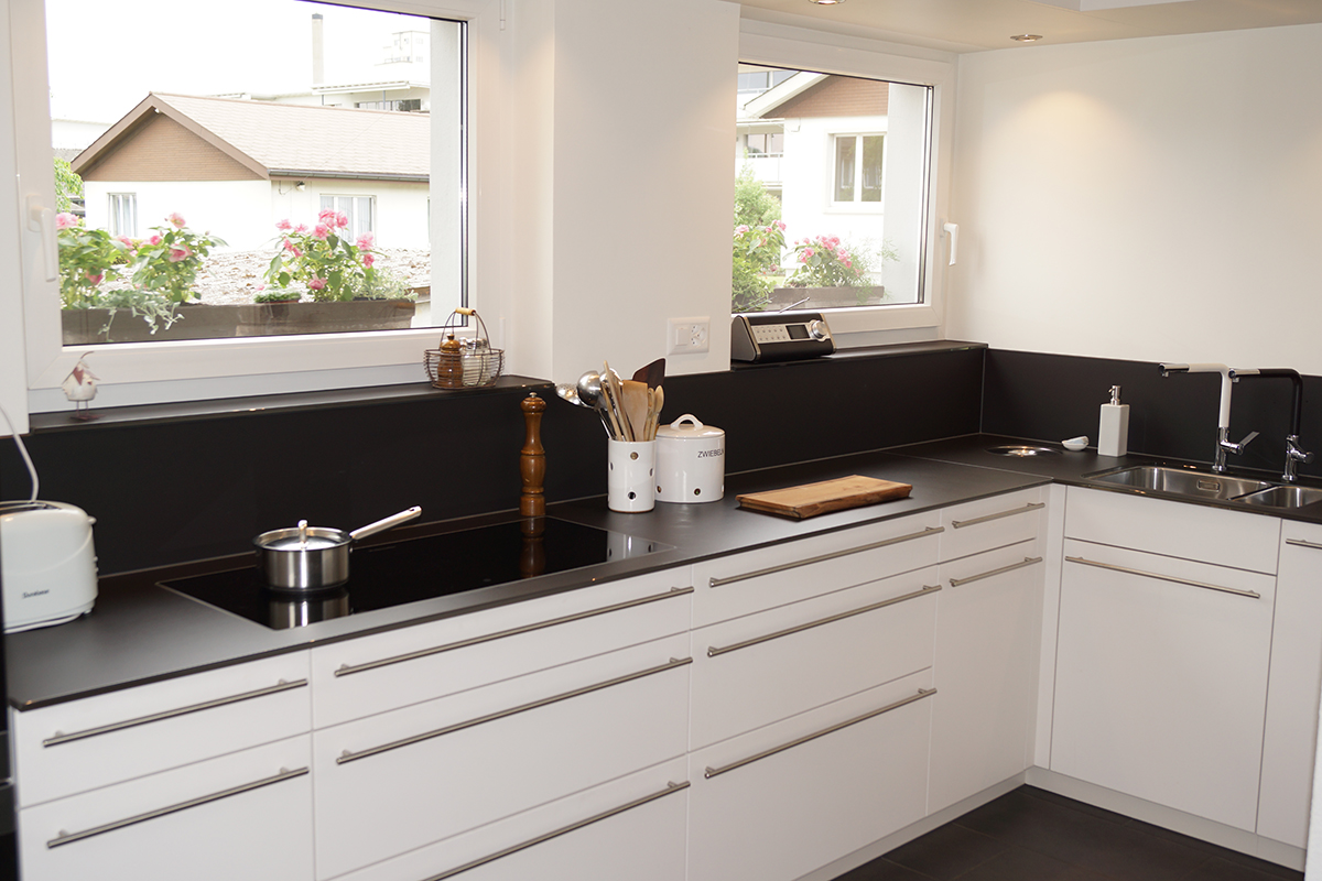 Küchenbau Ablage - Schreinerei Schmid AG in Oberönz
