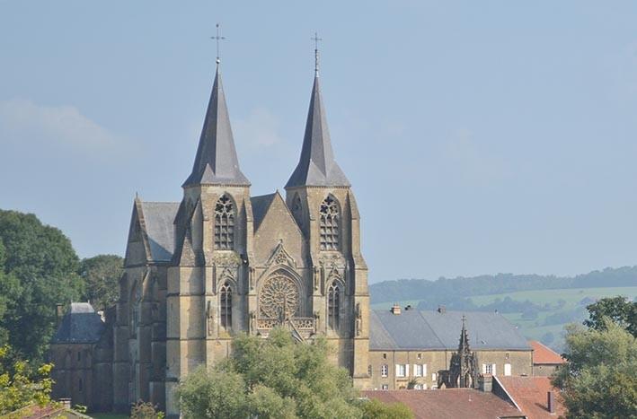 Basilique d'Avioth (XIVè s.)