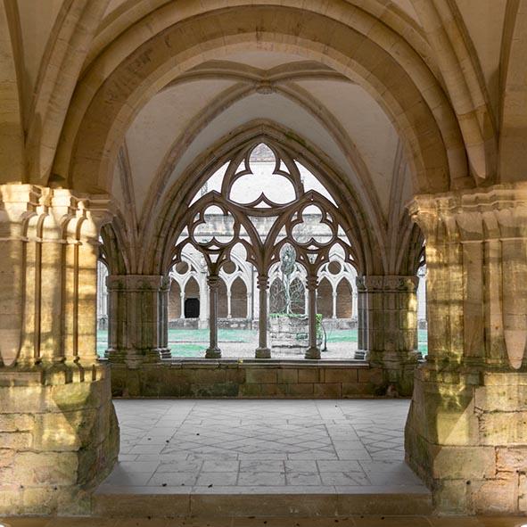 Cloître de l'abbaye de Noirlac © Jacky Lecouturier