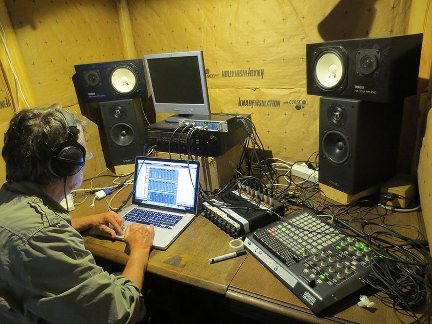 """Thierry VAN ROY, """"Sacristie studio"""""""
