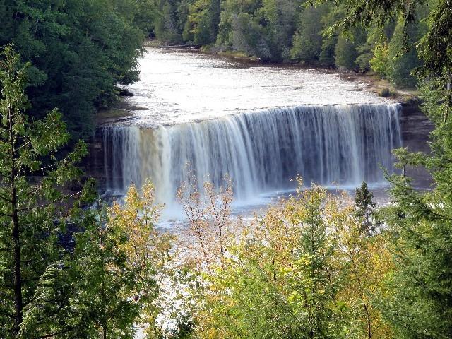 Tahquamenon Falls auf der Upper Peninsula
