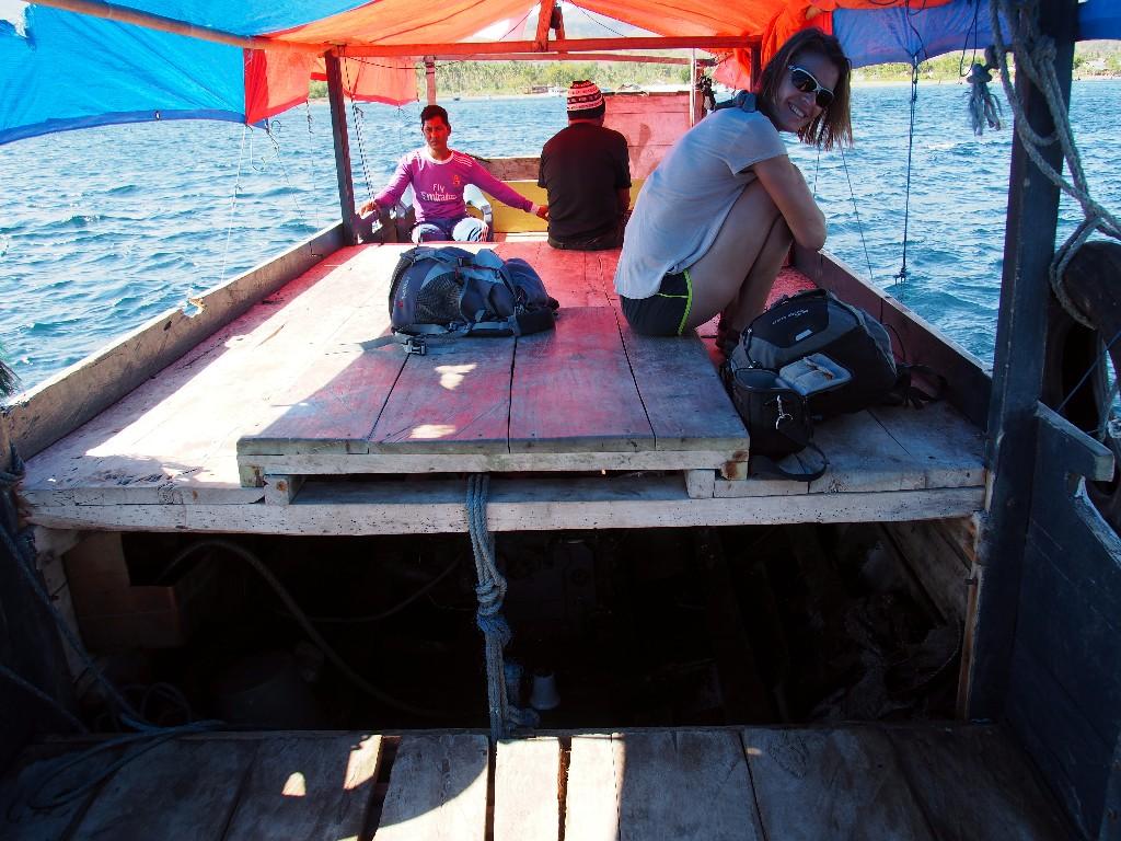 Bootsfahrt zum Schnorchelspot bei Maumere.