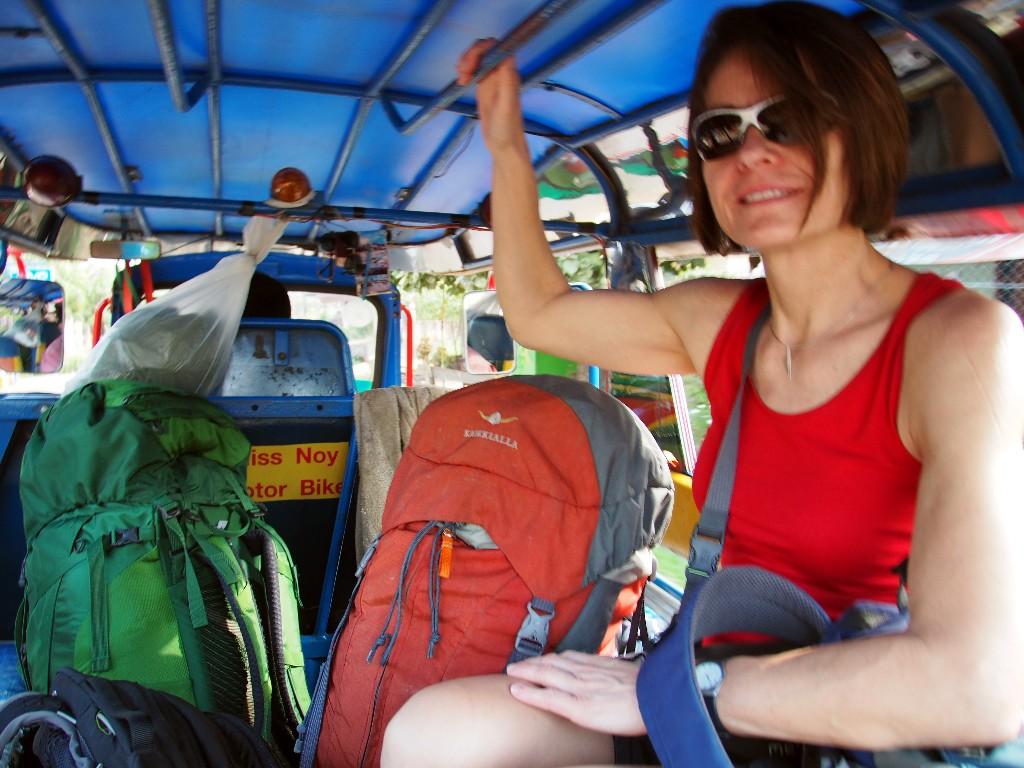 Tuk Tuk Transfer vom Le Jardin in Pakxe zum Bus