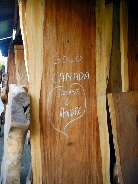 Mahagoni für die Welt - Diese dicke Massivplatte wird nach Kanada exportiert ...