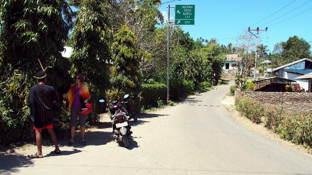 ... fuhren durch erstaunlich gepflegte Dörfer ...